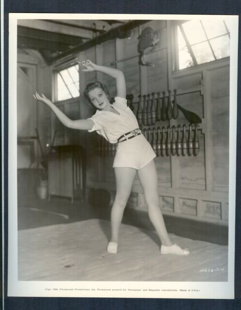 SEXY IDA LUPINO WORKS OUT - NEAR MINT COND 1934 - READY FOR LOVE