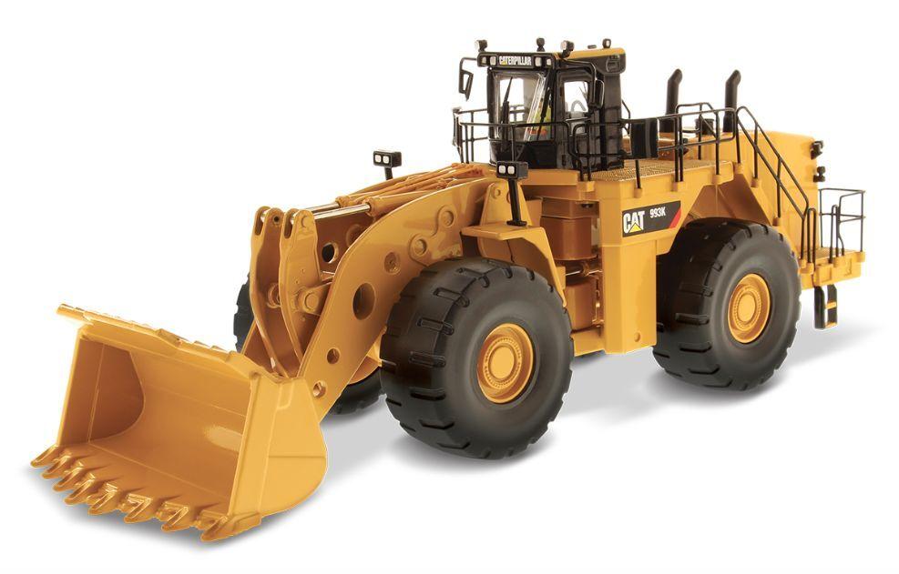DIECAST MASTERS 85257 1 50 SCALE CAT 993K WHEEL LOADER (MIB)