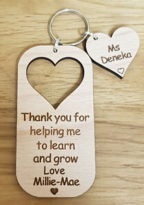 PERSONALISED-KEYRING-GIFT-FOR-TEACHER-GIFTS-NURSERY-SCHOOL-END-OF-YEAR-CHRISTMAS