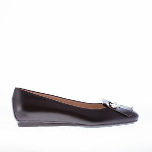 TOD-039-S-women-shoes-Black-leather-flat-with-patent-fringe