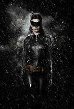 Anne Hathaway Unsigned 8x12 Photo (64) Catwoman