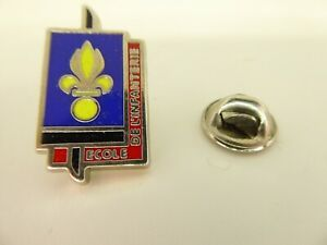 Pin-039-s-Pin-Badge-ECOLE-DE-L-039-INFANTERIE-ARMEE-FRANCAISE-FRENCH-ARMY-TOP