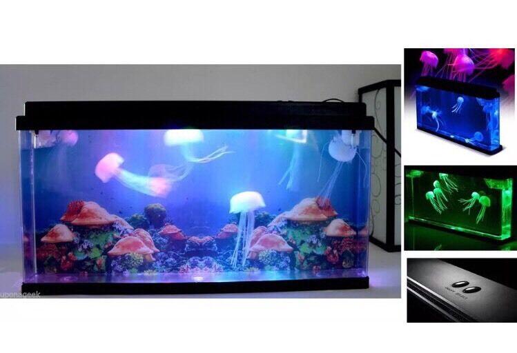 presa Fantastica idea regalo Meduse serbatoio con luci a LED LED LED GIGANTE Meduse ACQUARIO HOME Deco  la migliore moda