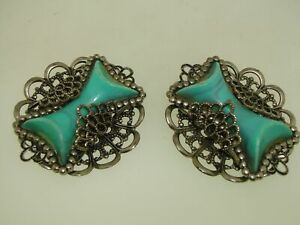 VINTAGE-1940-50-039-S-ERA-SILVER-FILIGREE-TURQUOISE-LUCITE-CLIP-ON-EARRINGS-WOW
