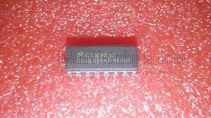 DS26LS33MJ//883 Quad Récepteur RS-422//RS-423 16 CDIP 1x NSC DS26LS33MJ883