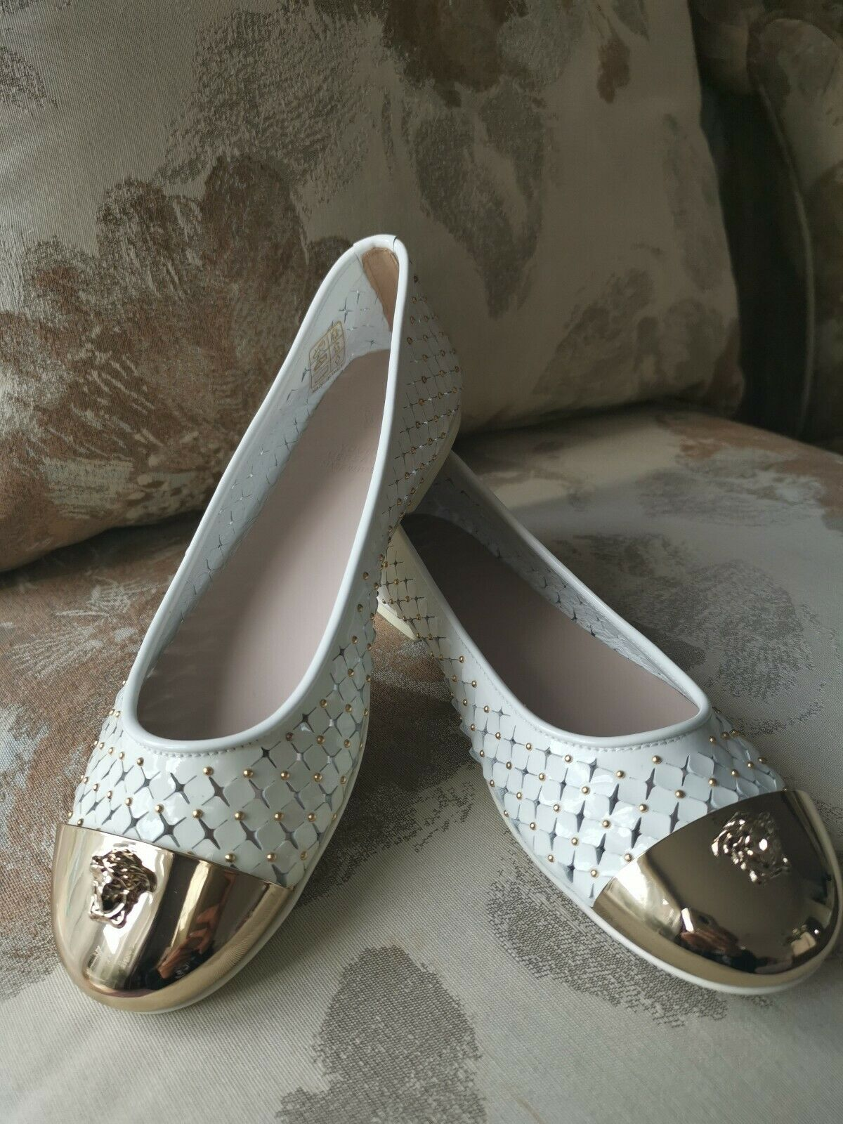 49e9bcdc2f520 Versace gold, White Flats, Leather, Leather, Leather, Summer ...