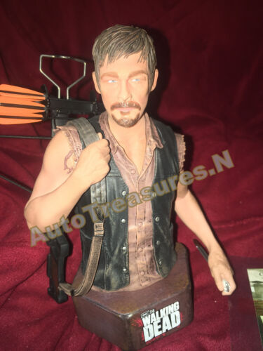 Gentle Giant Daryl Dixon AMC The Walking Dead Limited Mini Bust Hand Painted NEW