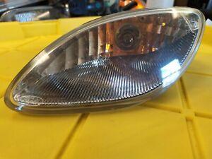 DRIVER LEFT CORNER/PARK LIGHT FITS 98-02 ESCORT 2403