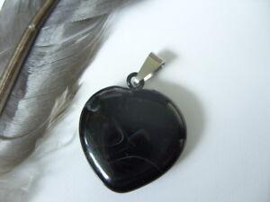 Edler-20-mm-schwarzes-Achat-Herz-Ketten-Anhaenger-mit-Edelstahl-Kettenschlaufe