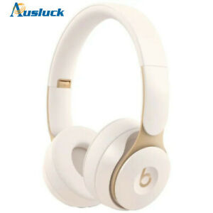 "BEATS SOLO PRO WIRELESS NOISE CANCELLING IVORY MRJ72FE/A BRAND NEW  ""AUSLUCK"""