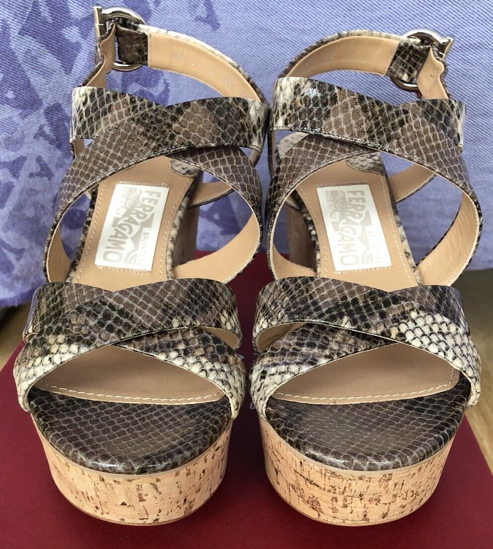 Ferragamo Persy Python Snake Embossed Leather Leather Leather Wedge Platform Sandals 6 1 2 C 756ed2