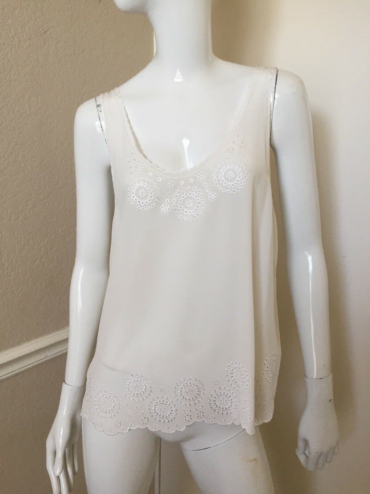 JOIE Brand NEW  100% Silk Sheer Boyd Eyelet Scalloped Hem Flowy Tank Top Sz M