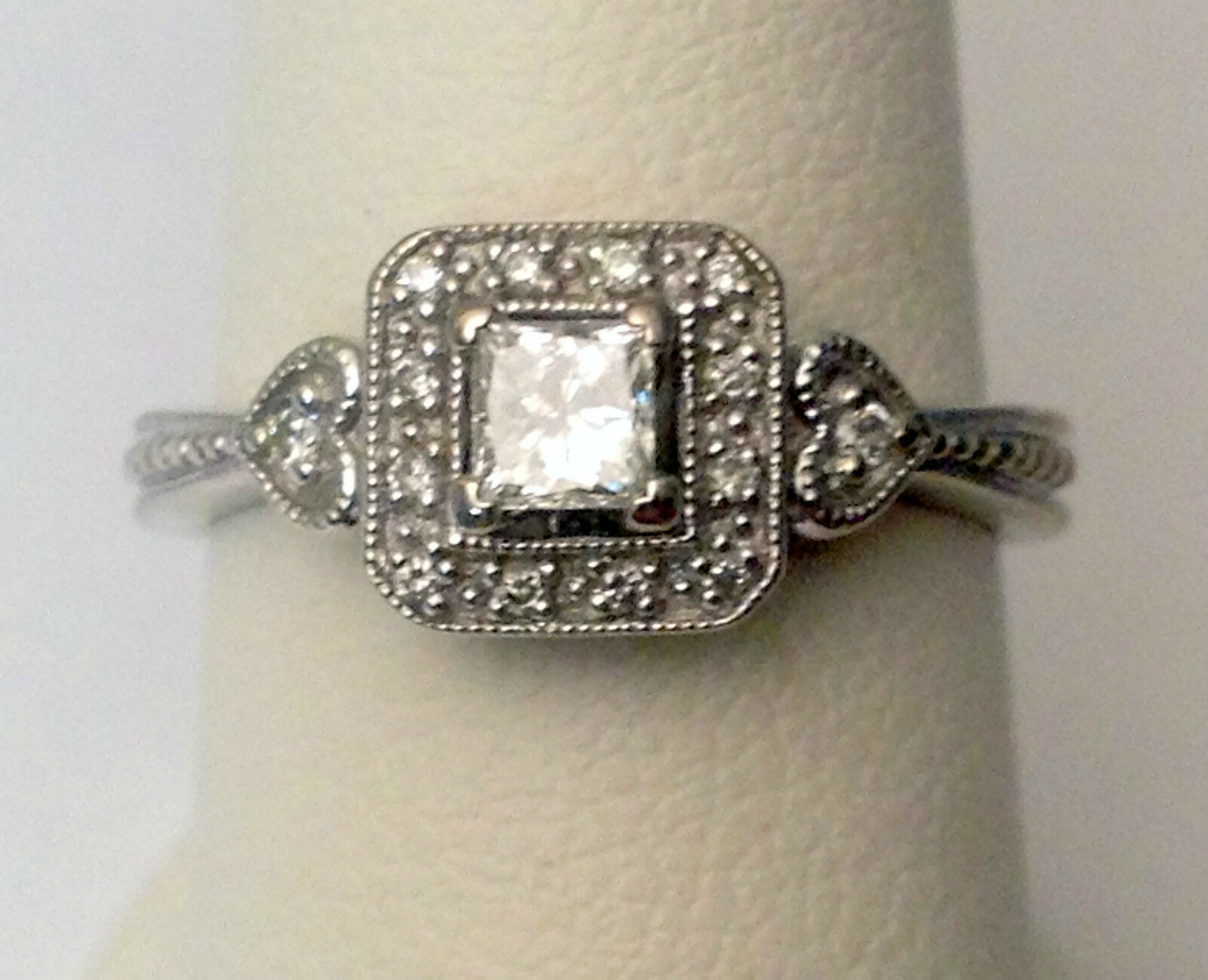14k White gold Princess Cut Halo Vintage Diamonds Hearts Wedding Engagement Ring