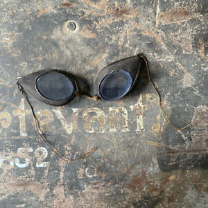 Civil War Period Artillery Gunner's Goggles, Tinted, Mesh Body, Copper Arms
