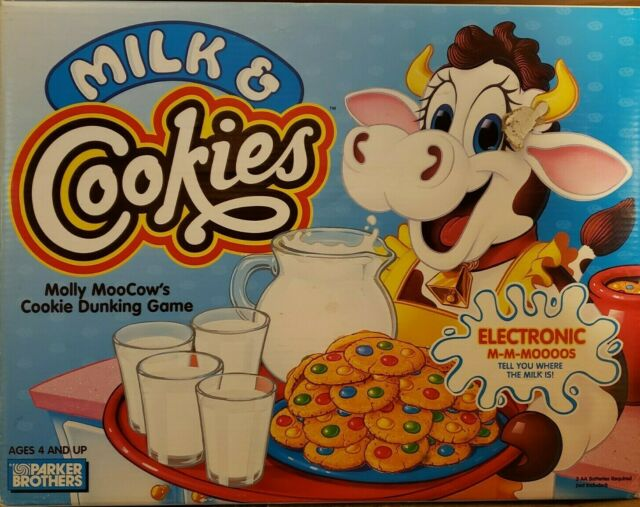 Milk & Cookies Molly Moocow Cookie Dunking Game 1996 Parker Brothers Family