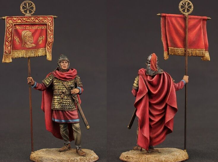 Tin toy soldiers ELITE painted 54 mm Roman vexillarius with the famous Labarum o