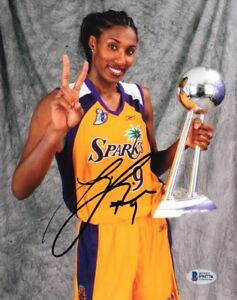 LISA-LESLIE-SIGNED-AUTOGRAPHED-8x10-PHOTO-SPARKS-WNBA-LEGEND-RARE-BECKETT-BAS