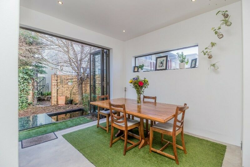 A Free Standing Townhouse With The Added Security Of Complex Living-Kenilworth Upper!