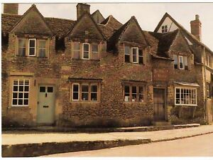 Postcard-THE-OLD-BAKEHOUSE-LACOCK-Ref-C18