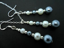 A GREY/WHITE PEARL BEAD NECKLACE AND EARRING SET  WITH 925 SILVER HOOKS.