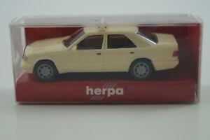 20 Grau Herpa H0 1:87 Mercedes Benz 190 E Nr