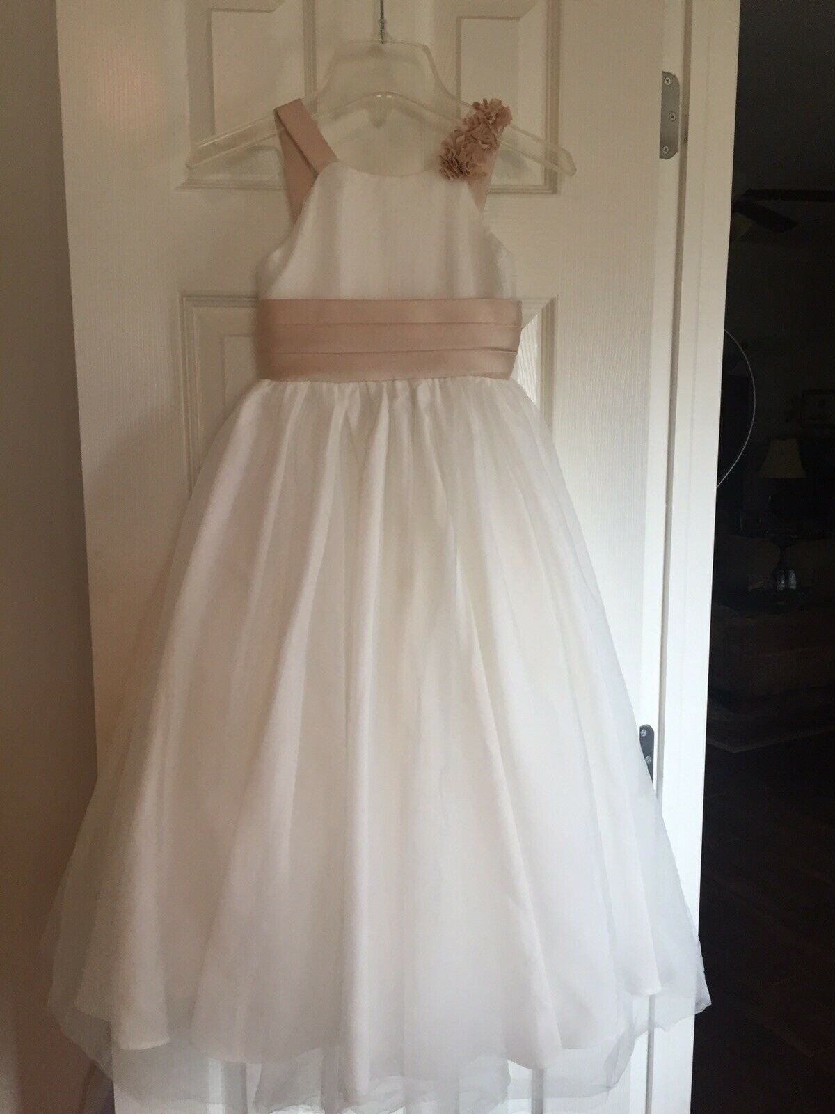 Girls Size 6 alfred angelo Flower Girl Dress Ivory/champagne
