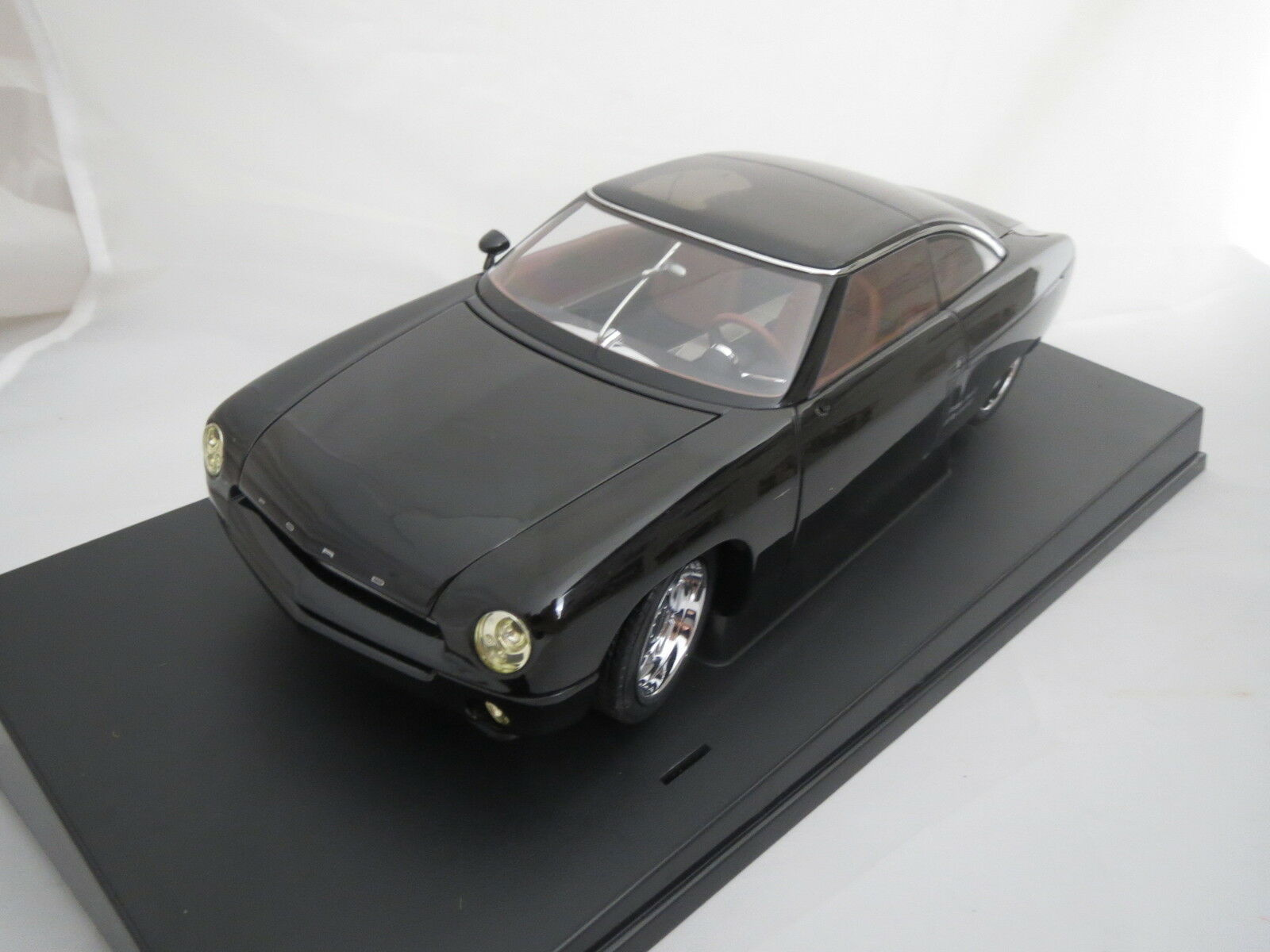 Autoart 72831 ford Forty Nine (negro) 1 18 original