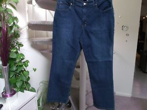 ba74fbf4 Riders by Lee Women's Classic Fit Jeans. Size 18 Petite. NWT ...