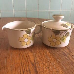 Vtg JcPenny Creamer Sugar Bowl Set Laurel pattern stoneware Japan retro design
