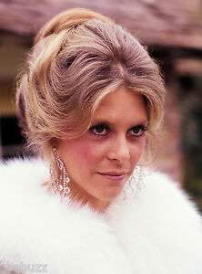 THE-BIONIC-WOMAN-LINDSAY-WAGNER-TV-SHOW-PHOTO-74