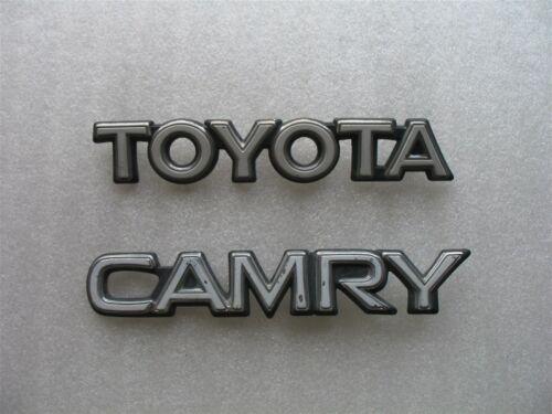 1989 TOYOTA CAMRY SEDAN REAR TRUNK EMBLEM LOGO DECAL 89 90 SET
