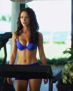 jennifer love hewitt bikini photographs