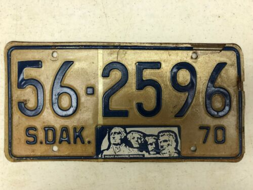 1970 SOUTH DAKOTA Mount Rushmore Memorial Sanborn County License Plate 562596