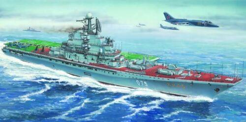 Trumpeter 05207-1:500 Flugzeugträger USSR Kiev// Minsk Neu