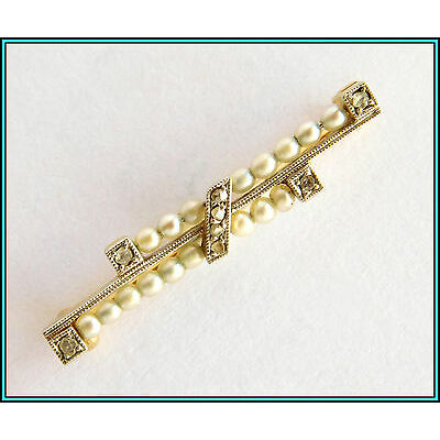 EXQUISITE Vintage 18K Gold BAR PIN BROOCH with Diamonds and Pearls
