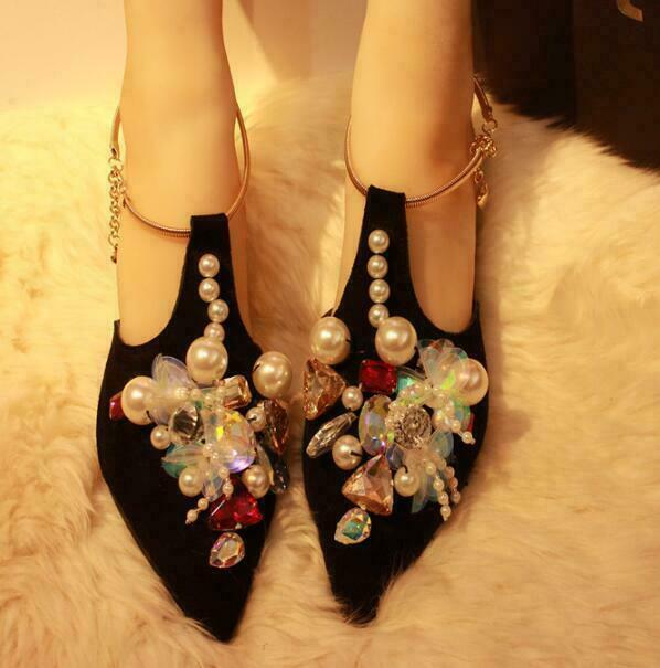 Casual donna Rhinestone Flat scarpe Ladies Pointy Toe Party Pearl Strap Sandals