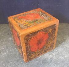 Mano tallada y pintada la caja de Mesa de Madera Vintage