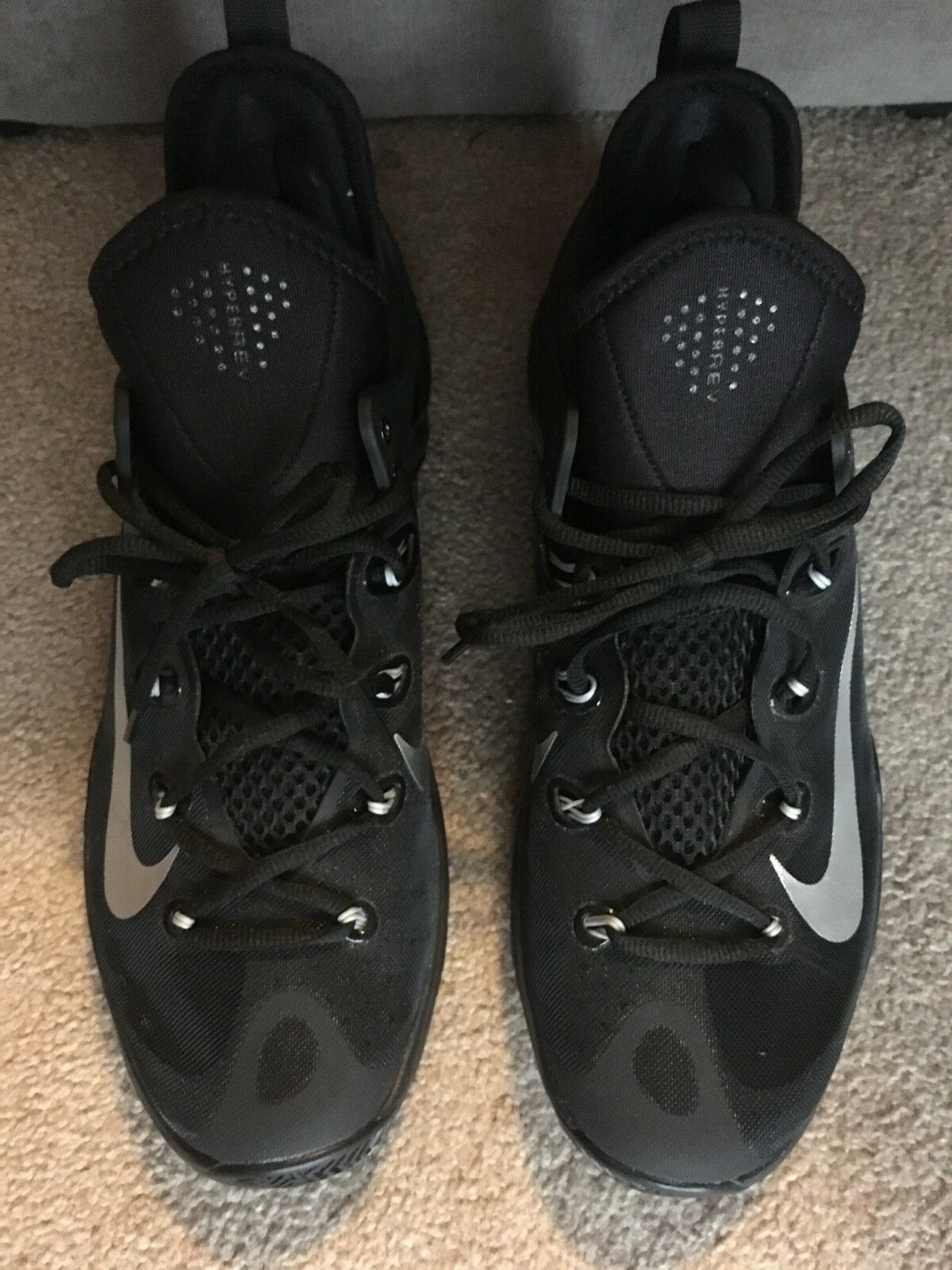 size 12 Nike Zoom Black and gray low tops brand new good condition