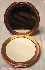 STILA SHEER FINISHING PRESSED POWDER  WHITE COMPACT WITH  MIRROR