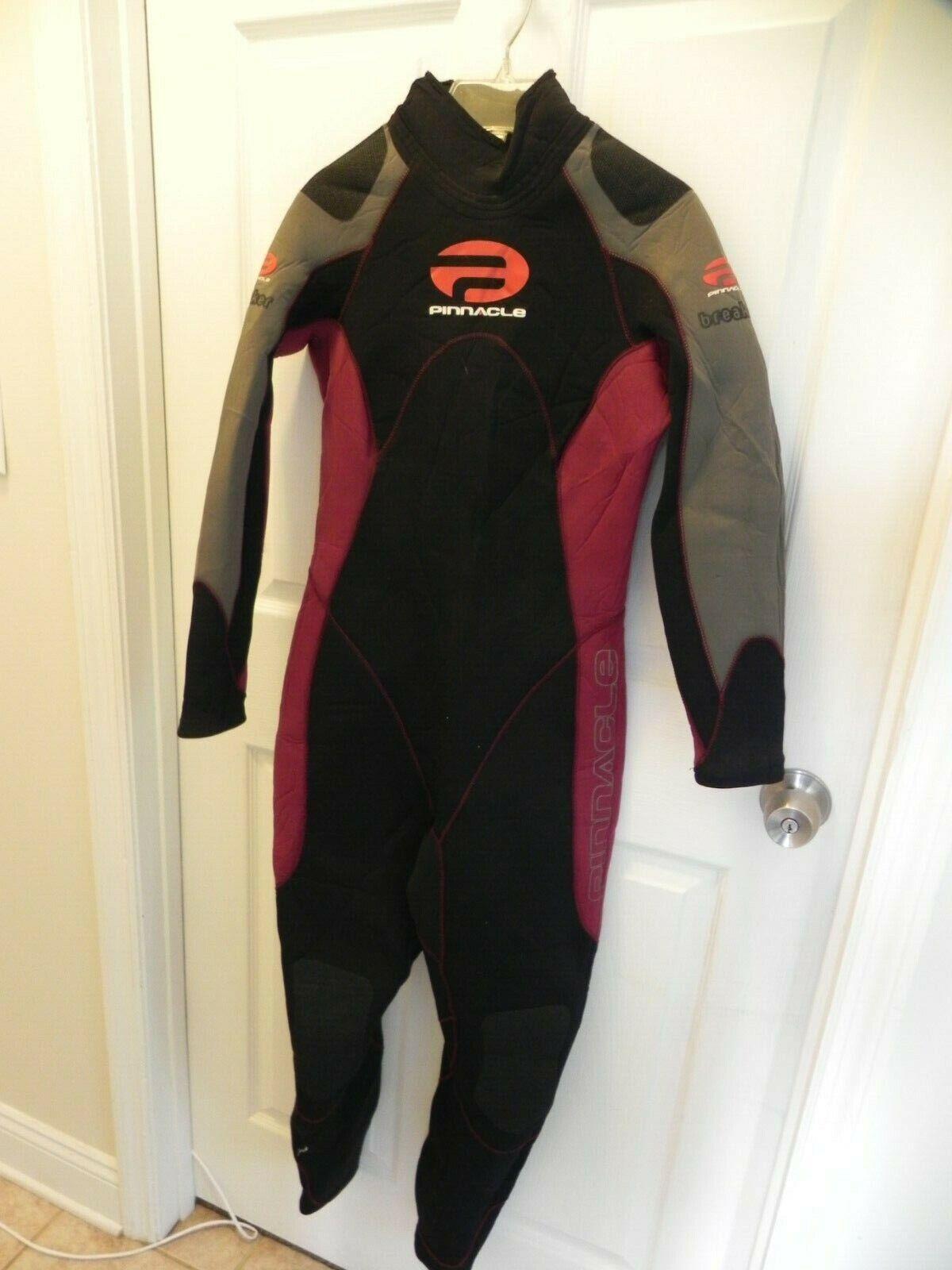 Pinnacle Breaker Wet  Suit Size M LG  D0273  quick answers