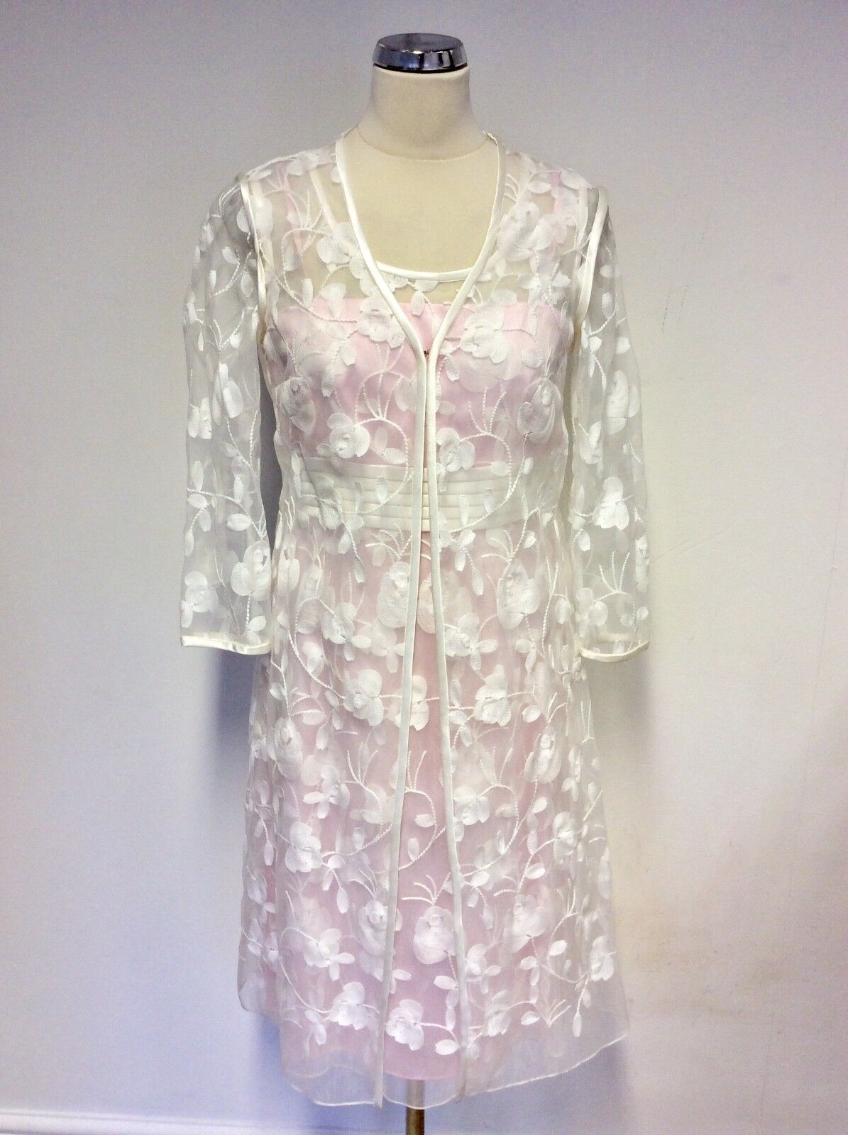 BNWT DRESS CODE BY VEROMIA PINK & WHITE DRESS & DUSTER COAT SIZE 18 RRP