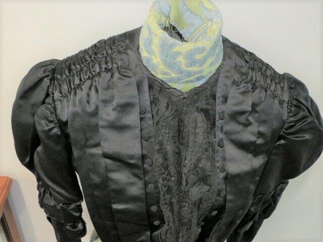 Antique 1880 - 1890's Black Silk Satin Bodice wit… - image 4