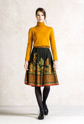 Rock Ivko rot red Wolle Merino skirt jupe Wald-muster 62723