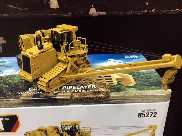 Caterpillar CAT 587 T poseur de canalisations échelle 1 50 en métal modèle par Diecast Masters DM85272