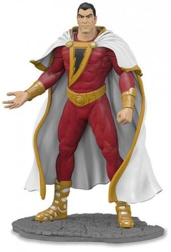 DC Comics figurine Justice League #16 Shazam 10 cm Schleich figure 22554
