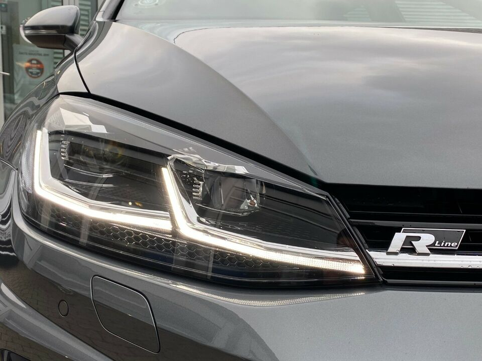 VW Golf VII 1,5 TSi 150 R-line DSG Benzin aut. Automatgear