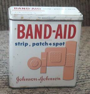 Vtg-Band-Aid-Tin-56-Adhesive-Bandages-Plastic-Strip-Spot-Patch-Box-Johnson-METAL