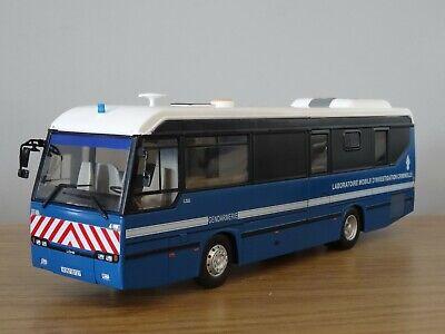 """Busch 50778 # Smart Cabrio /"""" CMD /"""" Baujahr 2015 in /"""" rot-weiß /"""" 1:87 NEU"""