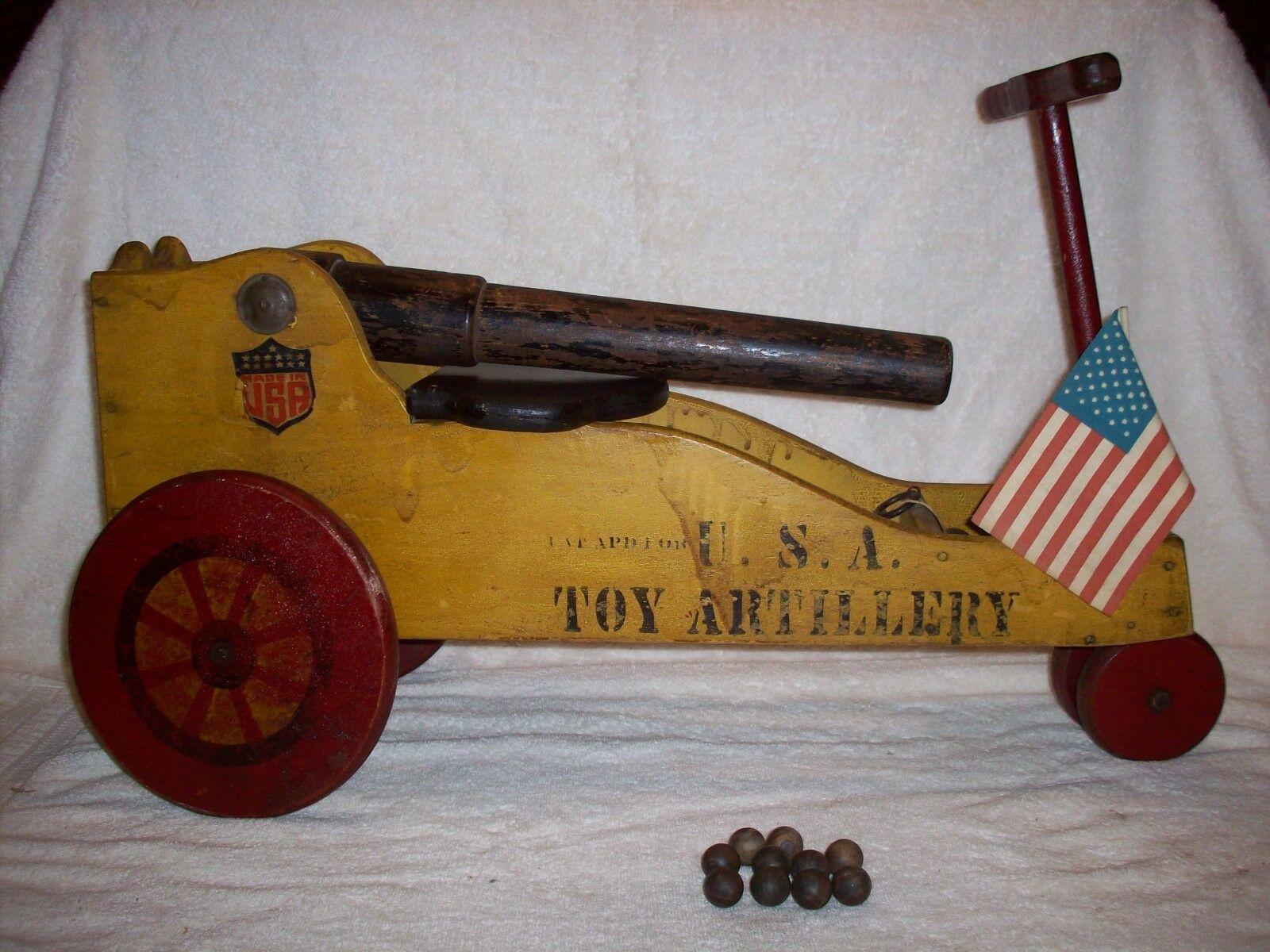 ANTIQUE PULL OR RIDE ON TOY WOOD WOOD WOOD CANNON   EARLY WOOD TOY CANNON   9c8a96