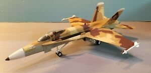 ARMOUR-98015-US-NAVY-034-TOP-GUN-034-F-A-18-034-HORNET-034-1-48-SCALE-DIECAST-MODEL